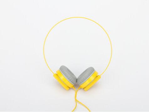 耳机文艺矢量图